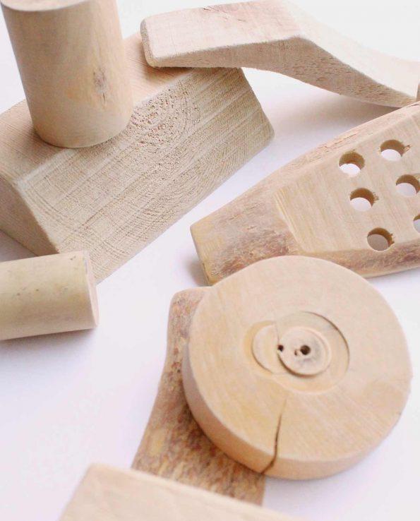 trozos de madera panera de los tesoros