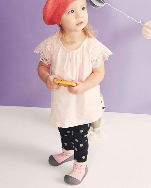 Calzado ergonómico para bebés de la marca Attipas