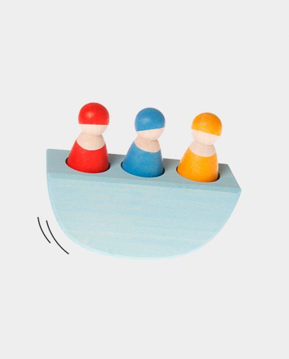 juego Barco de equilibrio con 3 figuras de la marca Grimm's