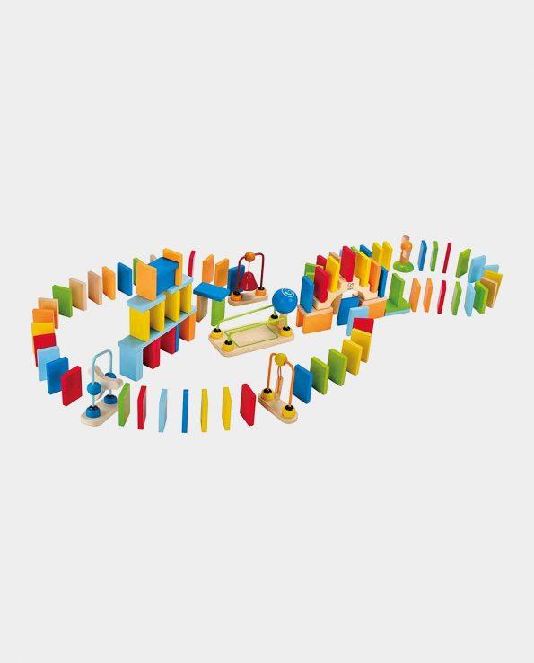Circuito de madera de domino de la marca hape