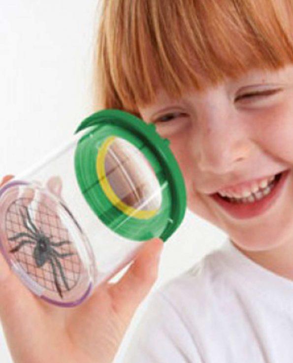 Lupa de niños para observar plantas y bichos