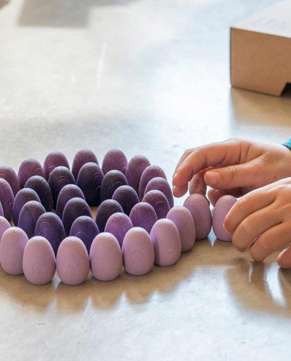 Mandala huevos morados de grapat