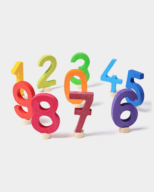 Números en madera de Grimm's.