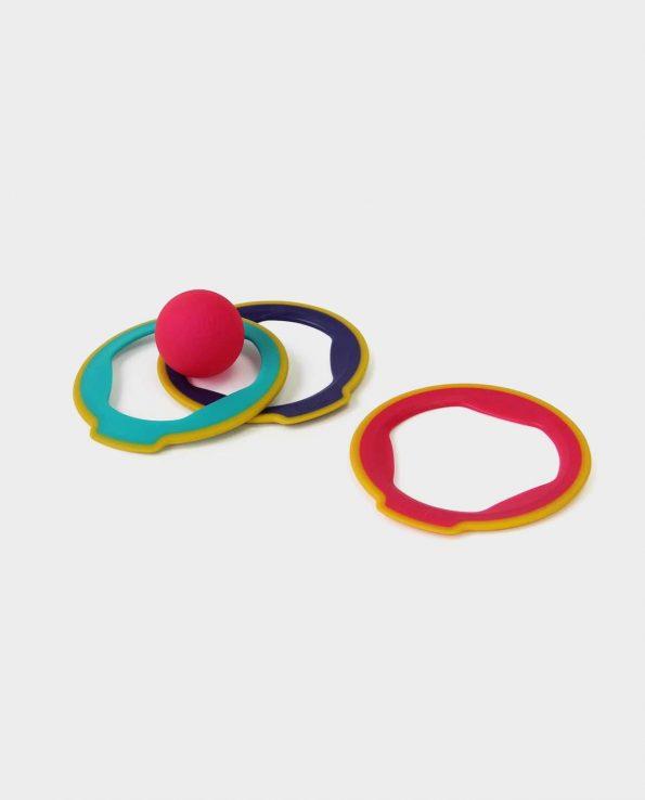 Aros Ringo Quut. Aros de plastico con pelota para la piscina, para la playa o jugar a la petanca con los niños