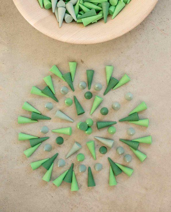 Mandala de grapat conos verde
