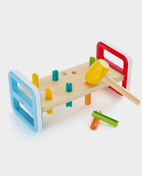 Picafuerte para niños de madera con colores arcoiris de la marca Hape