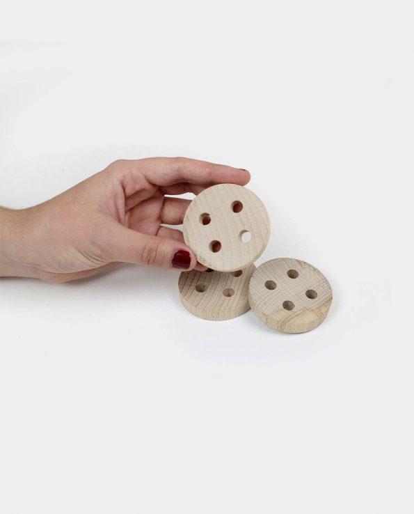 Botón de madera para la panera de los tesoros juguete montesori