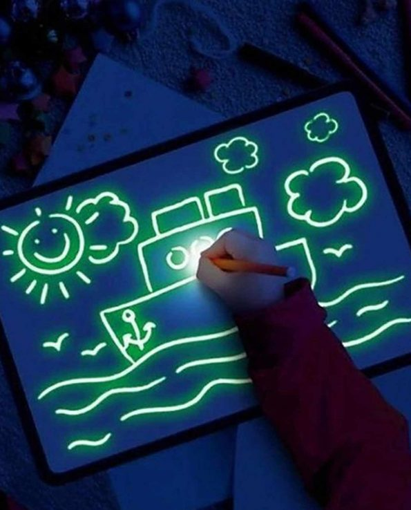 Pizarra fluorescente para niños con luz pintafluo A4